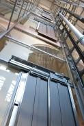 hydraulické zařízení ve výtahové šachtě