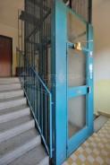 původní výtahové opláštění