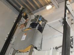 Výtah bez strojovny, pohled na výtahový stroj