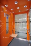 prosklená výtahová kabina